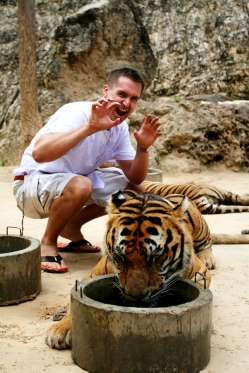 PET A TIGER (AND OTHER DANGEROUS ANIMALS) IN ARGENTINA: On the off chance that you long for a nearby experience with some genuinely #wild #creatures, you can make a beeline for the Lujan #Zoo close Buenos Aires in Argentina. The spot offers guests the opportunity to ride lion rides, nestle bears, stroke #tigers and food #cheetahs.