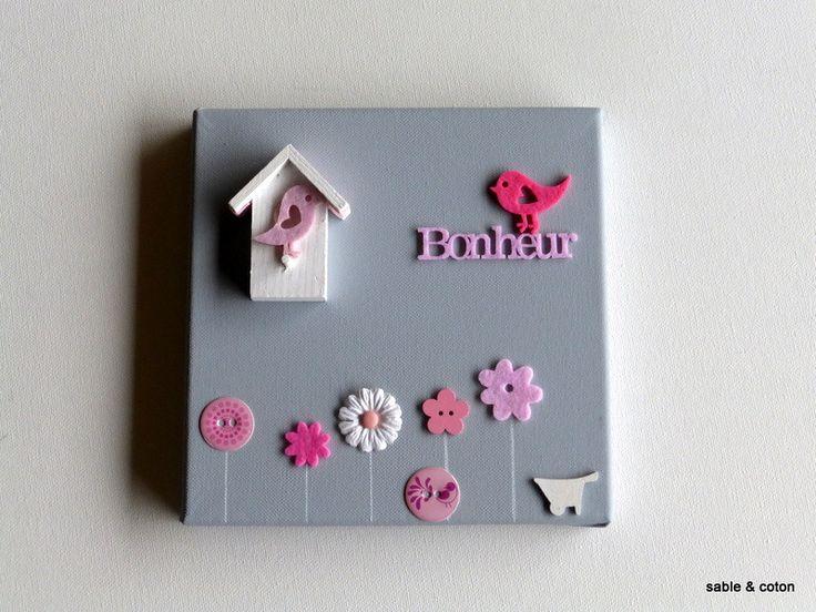 Tableau pour chambre de bébé ou fille gris et rose avec nichoir : Décoration pour enfants par sable-et-coton