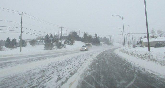 Nouvelles - À voir: la tempête de neige en images -Roberval Québec Canada 29-12-16