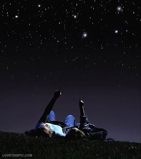 Go stargazing with a friend or your special someone ♥