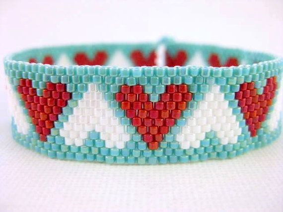 Hey, I found this really awesome Etsy listing at https://www.etsy.com/listing/126310829/peyote-pattern-mixed-hearts-instant