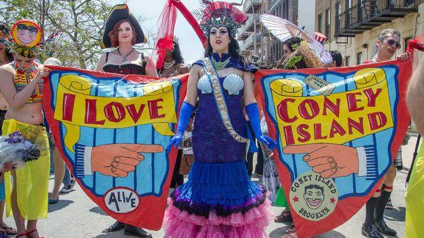 Every June it starts the summer! mermaid parade - Google Search https://www.google.com/search?q=mermaid+parade&espv=2&biw=1210&bih=634&source=lnms&tbm=isch&sa=X&ved=0ahUKEwj2n5Dj_K7NAhVG9GMKHUwrAdQQ_AUIBigB
