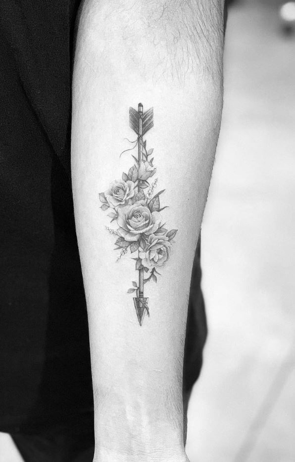 80 Best Small Tattoos Of All Time Doozy List Cool Small Tattoos Wrist Tattoos For Guys Arrow Tattoos For Women