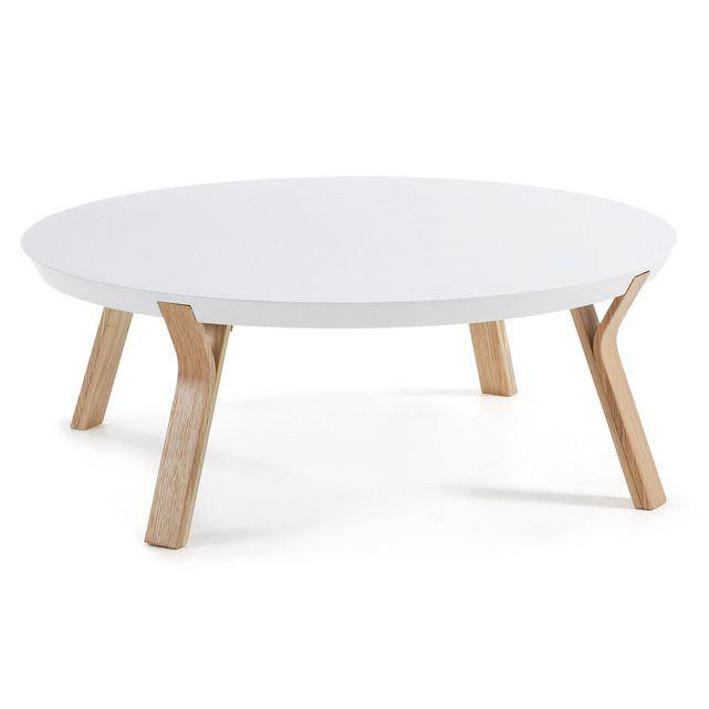 Table basse ronde avec structure en bois de frêne et plateau en panneau de fibre de bois laqué en mate. Dimensions: H 32cm x L 90cm x P 90cm. Montage: Facile une personne. / Entretien: Nettoyer avec un chiffon humide.