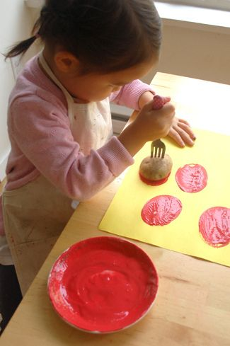 potato stamping ladybugs!