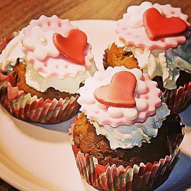 Valentin napi előkészületek.  Te mivel fogod Őt meglepni?  Direct link for my latest post in my bio! gastrogranny.com #tudatosantáplálkozok #tudatosantáplálkozók #gastrogranny #gastrogrannyblog #homemade #makeyourdishescometrue #instafood #foodstagram #mutimiteszel #mutimitfozol #foodie #mikgasztro #instafood #foodblogger #foodporn #foodofhun #huffposttaste #feedfeed #f52grams #magyarig #hungarianfood #cracklings #myfoodstories #ourfoodstories #apetitjournal #foodphotography