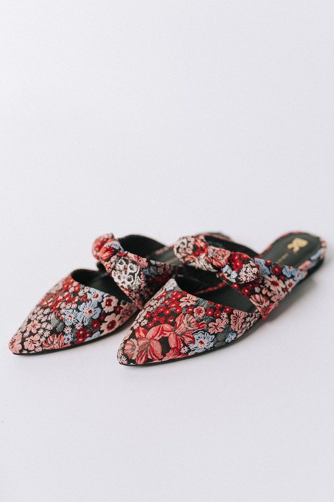 styling Lightly cushioned footbed