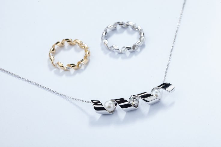 PIERRE joaillerie #jewellery #diamonds #pearls #ring #necklace
