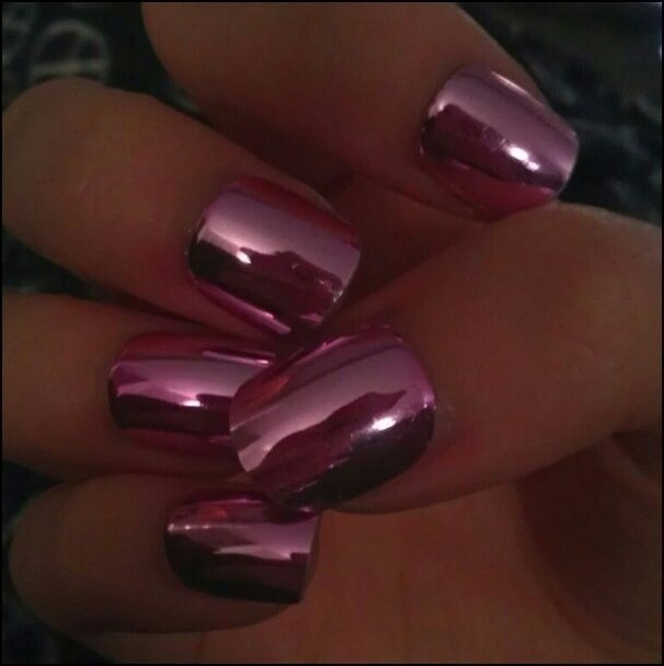 Nails, Pink Chrome