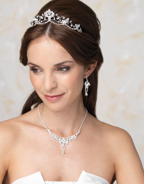 65 Best Images About Tiara Hairstyles On Pinterest Short