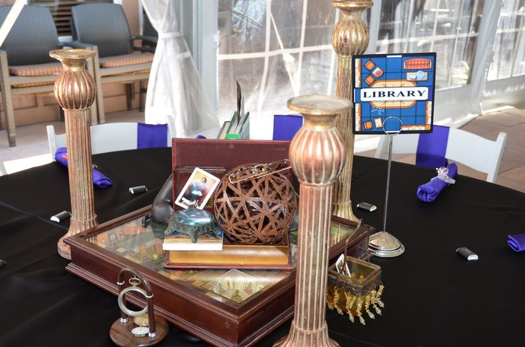 Library themed table - CLUE PARTY!