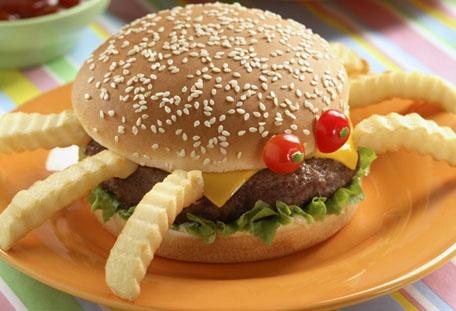 Bimbollo Araña ¡ideal para las fiestas infantiles y consentir a tus pequeños! Conoce más recetas con Bimbollos en www.bimbo.com.mx