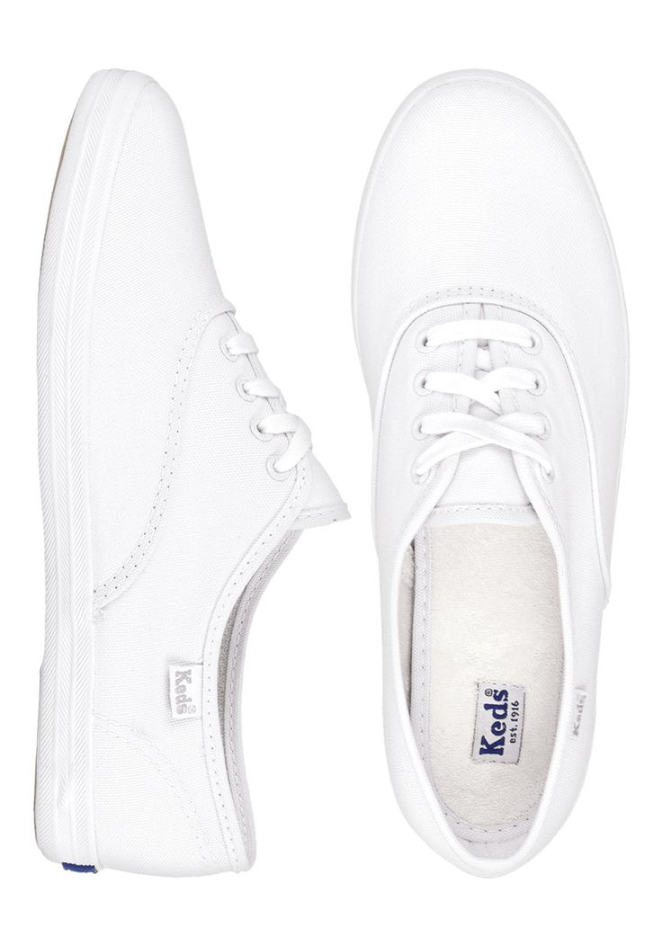 KEDS Champion CVO, 49,95 €. I just want white Keds so bad! They can go with everything and they're super cute :)