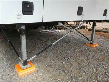 5th wheel stabilizer s
