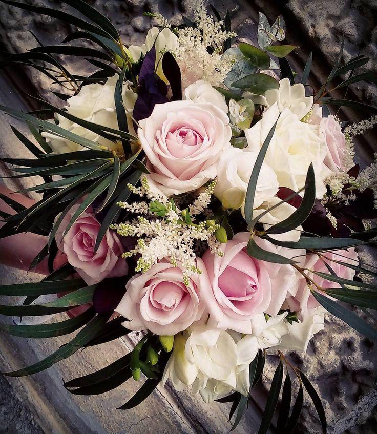 """2 aprecieri, 1 comentarii - Floraria Dorothy's (@florariadorothys) pe Instagram: """"Pastel for the bride.. #bridebouquet #cluj #clujlife #clujnapoca #clujcenter #nunticluj #floricluj…"""""""