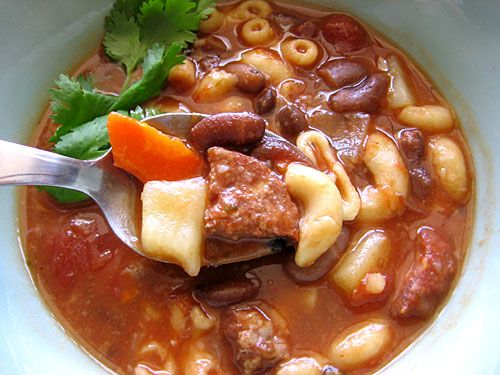 Portuguese Bean Soup Posted by: Pomai of Tasty Island Course: Soups/Local Grinds Portuguese Bean Soup (Sopa de Feijao) is another Hawaii favorite that can often be found at local eateries as the soup of the day or as a regular menu item. This is comfort food at its best. http://tastyislandhawaii.com/2007/05/28/portuguese-bean-soup/