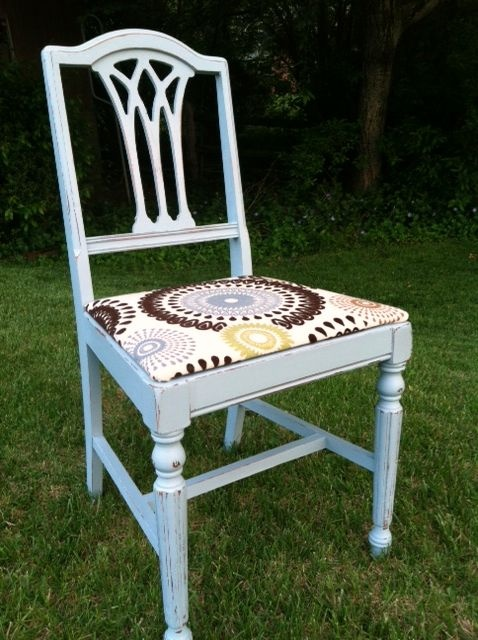This Vintage Chair Is So Pretty In The New Shabby Paints   Baby Boo! Painted