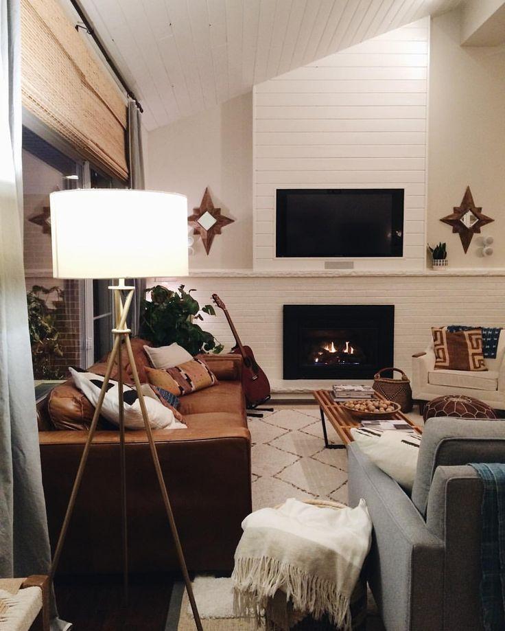 Great Chic Mid-century Modern Living Room Decor