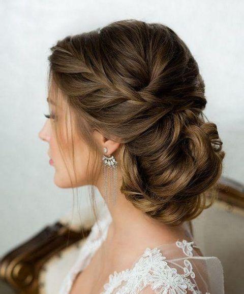 25 Awesome Low Bun Wedding Hairstyles Mb Wedding Hairstyles