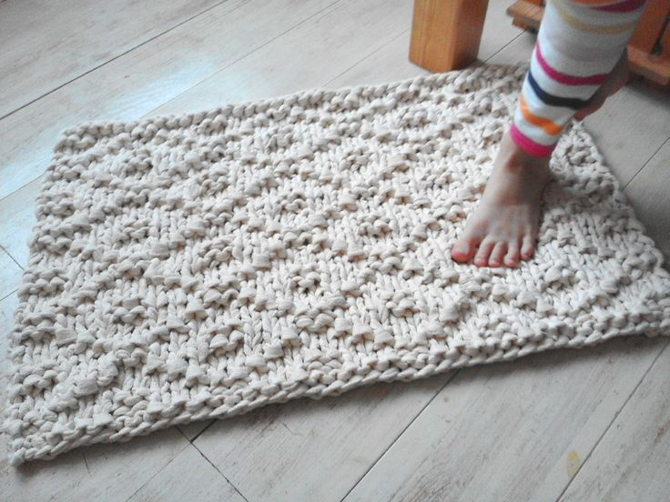 25 best ideas about knit rug on pinterest crochet