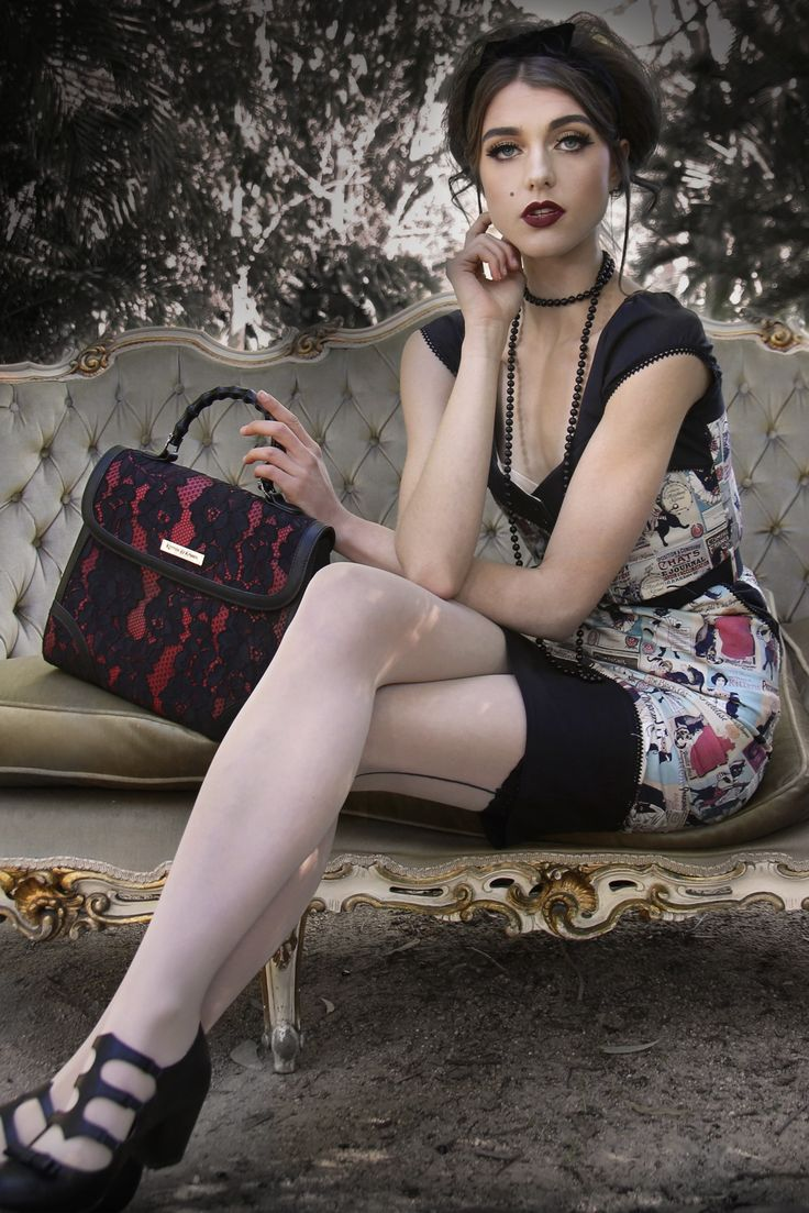 Le Chat Noir Lace Handbag