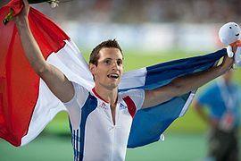 Рено́ Лавиллени́ — французский прыгун с шестом, олимпийский чемпион 2012 года, чемпион мира в помещении 2012 года, пятикратный чемпион Европы (дважды на открытом воздухе и трижды в помещении). Победитель Бриллиантовой лиги 2013 года. Действующий рекордсмен мира по прыжкам с шестом в помещении — 6,16 м (2014, достижение должно быть ратифицировано Международной ассоциацией легкоатлетических федераций). Рекордсмен Франции на открытом стадионе - 6,02 м (27.07.2013,Лондон)