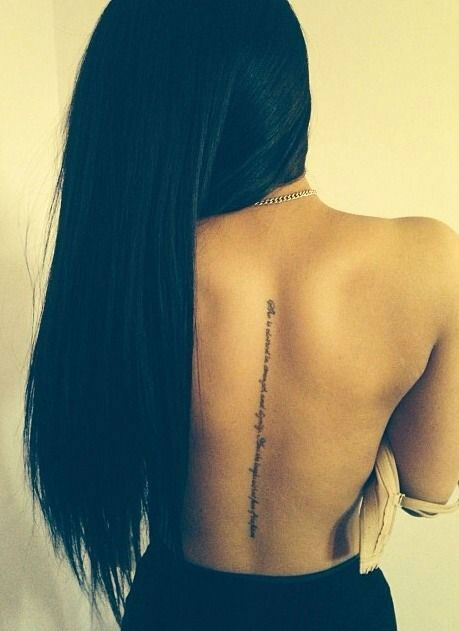 28 Sassy Tattoo Designs for the Spine: