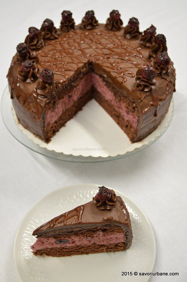 Tort de ciocolata cu mousse de visine Savori Urbane (4)