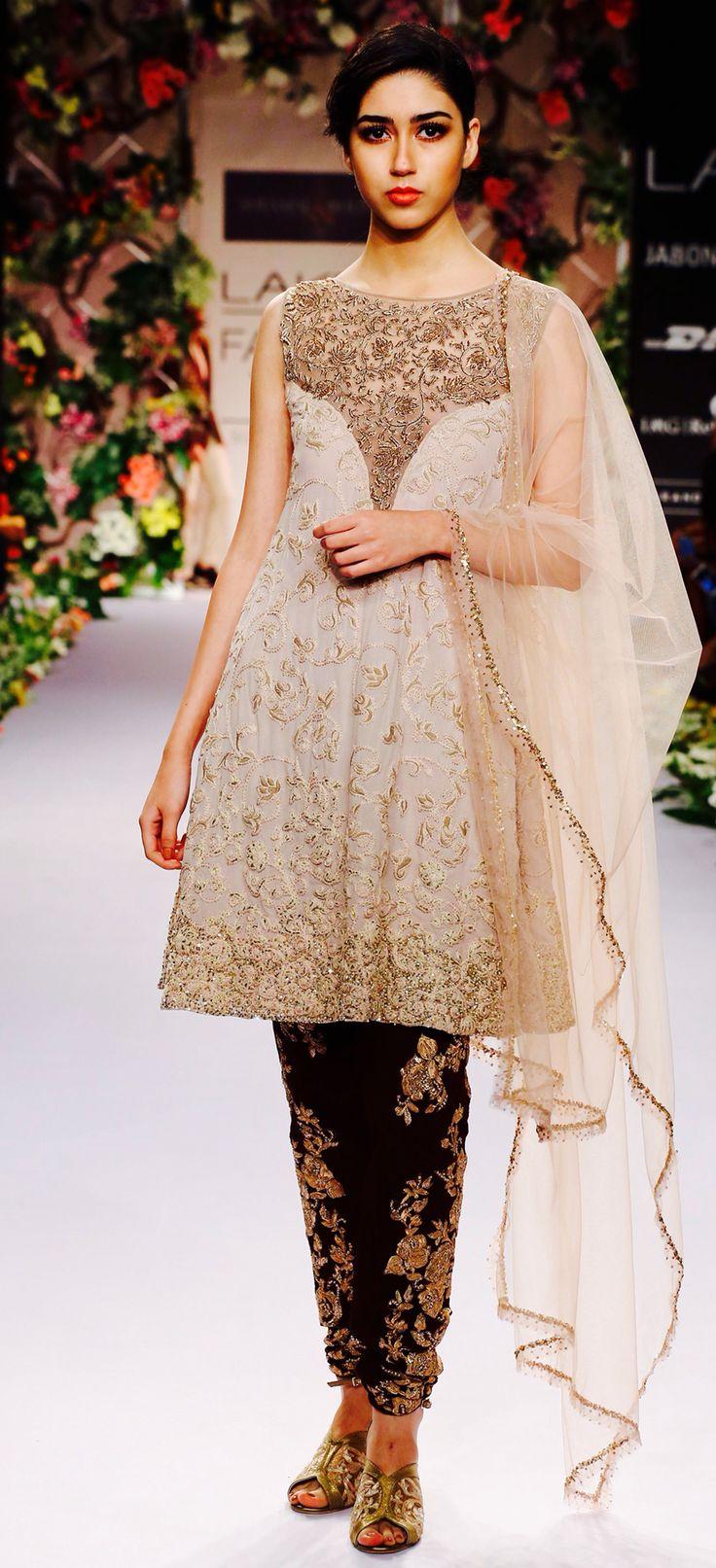 Bareeze live dresses gallery bareeze fashion brand photos designs - Shyamal And Bhumika