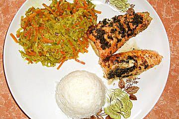 Lachs aus dem Ofen mit Honigkräuterkruste und Porree - Möhren - Curry