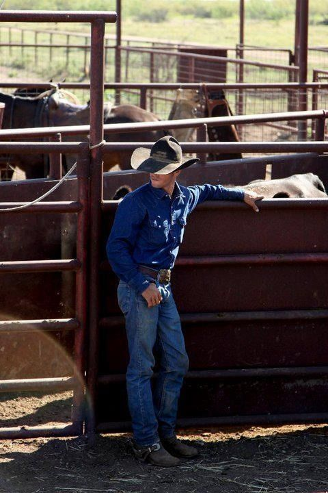 nothing sexier than a man in jeans, boots, and a cowboy hat!!