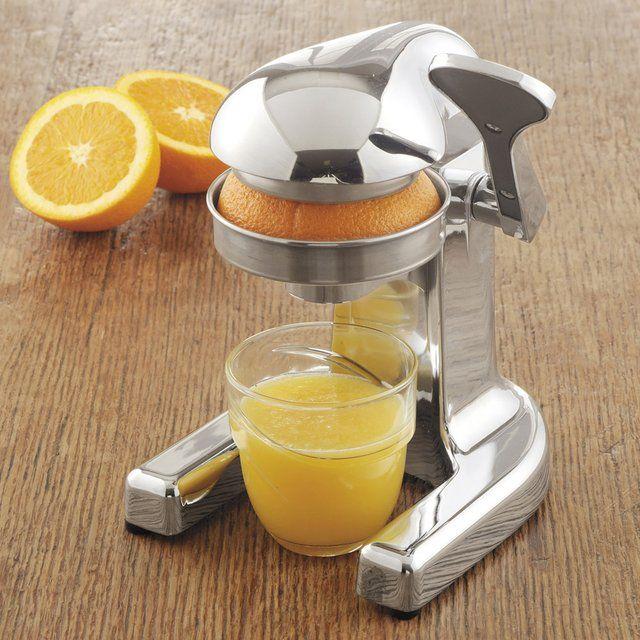Metrokane Rabbit Citrus Juicer / The Metrokane Rabbit Citrus Juicer is billed as the world's most popular manual juicer. http://thegadgetflow.com/portfolio/metrokane-rabbit-citrus-juicer/