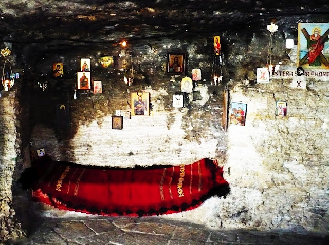 My ethno-Point Of View: Traces of Saints - Saint Andrew's Cave