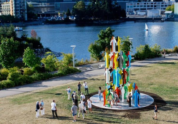 Human Structures Vancouver by Jonathan Borofsky, part of the 2014-2016 Vancouver Biennale