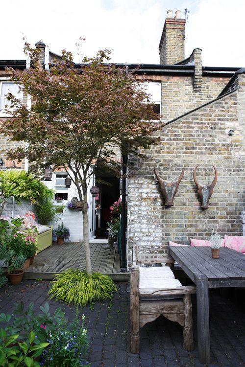 Patio in london home garden gardens backyards for Garden decking north london