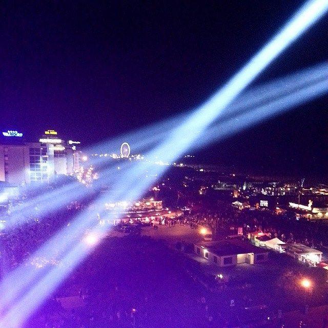 @IG_EmiliaRomagna Panorama dalla consolle del Vertical Stage | Notte Rosa 2014