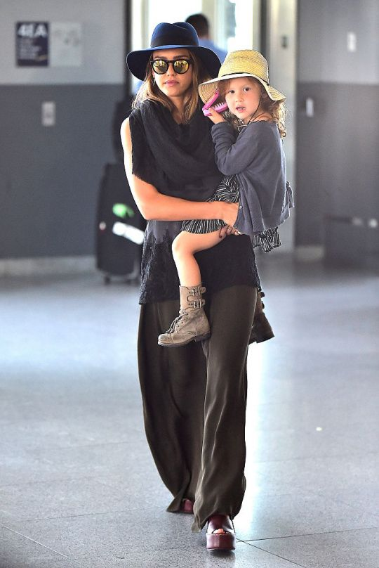 Duo matka-dcera | Jessica Alba | Marianne