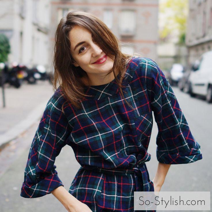 Cette semaine ce n'est pas une blogueuse mais une créatrice de bijoux que nous avons choisi de vous faire découvrir. Styliste de formation, Alix s'est lancé dans la création de bijoux très récemment. Elle propose des pièces très fines et délicates, féminines at colorées, faites à la main en France, qu'elle vend exclusivement sur son e-shop. Rencontrez Alix et découvrez son univers dans une interview exclusive pour So Stylish.