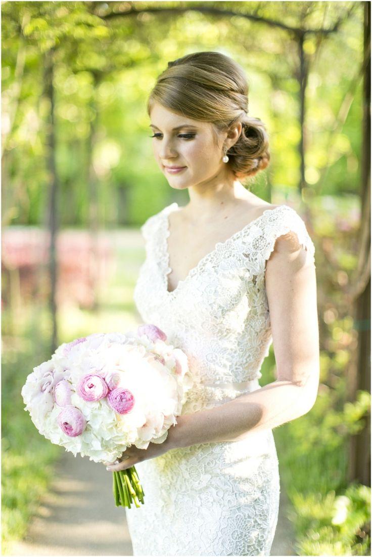 99 best images about bridal portraits on pinterest for Vintage wedding dresses dallas