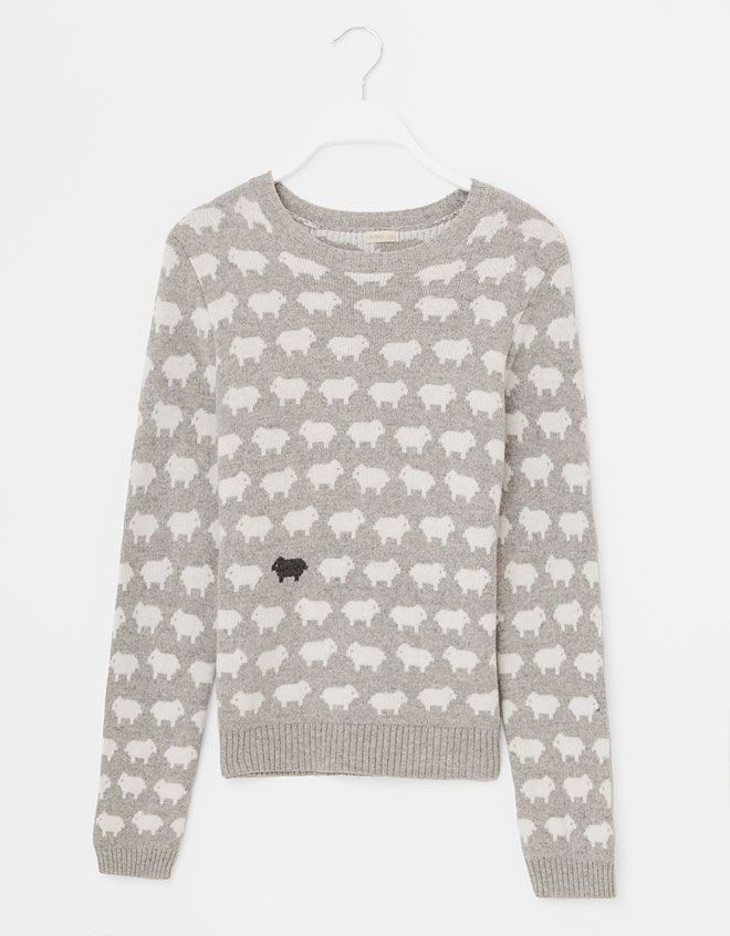 sheep sweater! I'm all over it! I can rep my black and white sheep!