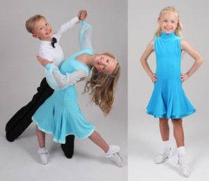 Cursuri de dans – activitate pentru a umple timpul baiatului dvs