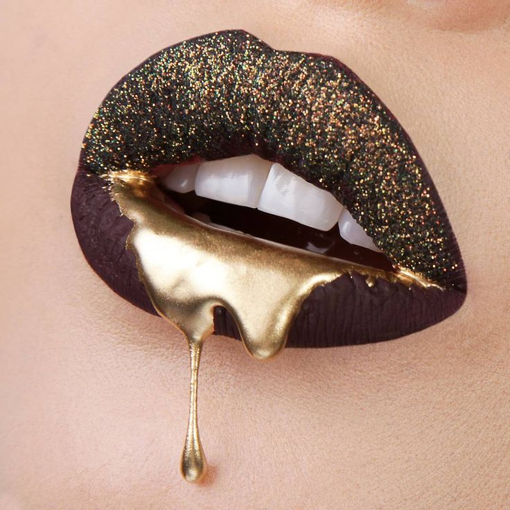 """""""@tattoojunkeecosmetics liquid lipstick in Whatever and the glitter from their lipstick and glitter kit,  @mehronmakeup metallic powder in Gold mixed with…"""""""
