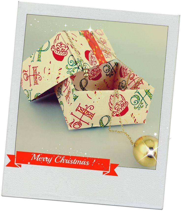 mini bo te en papier cadeau de no l origami c 39 est la. Black Bedroom Furniture Sets. Home Design Ideas