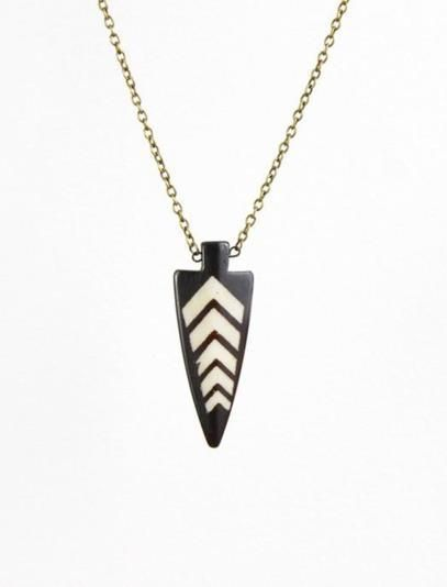 The Northward Bound necklace conjures up a Pacific Northwest vibe with its arrowhead-shaped piece. $17
