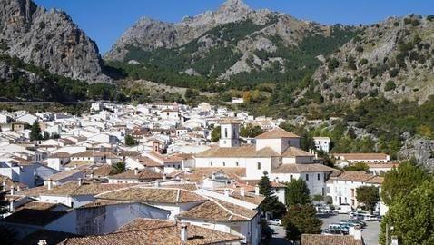 Grazalema #Cádiz, uno de los pueblos más bonitos de #Andalucía según la revista @hola