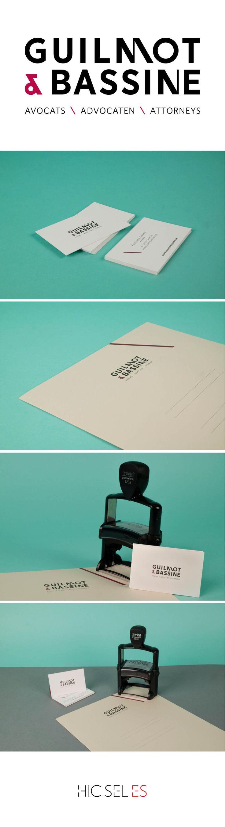 Création d'identité visuelle pour un cabinet d'avocats, du logo aux supports imprimés.