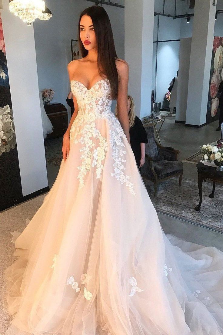 Sweetheart Tulle Applique Marriage ceremony Gown, Lengthy Promenade Gown OW343