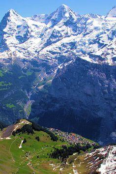 Stand in awe of the Swiss Alps (Murren, Switzerland)