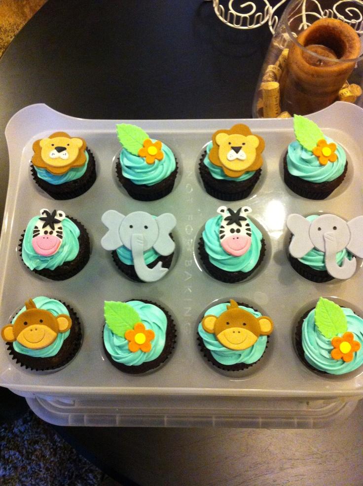 Safari cupcakes http://laurensprettylittlecupcakes.blogspot.com/?m=1