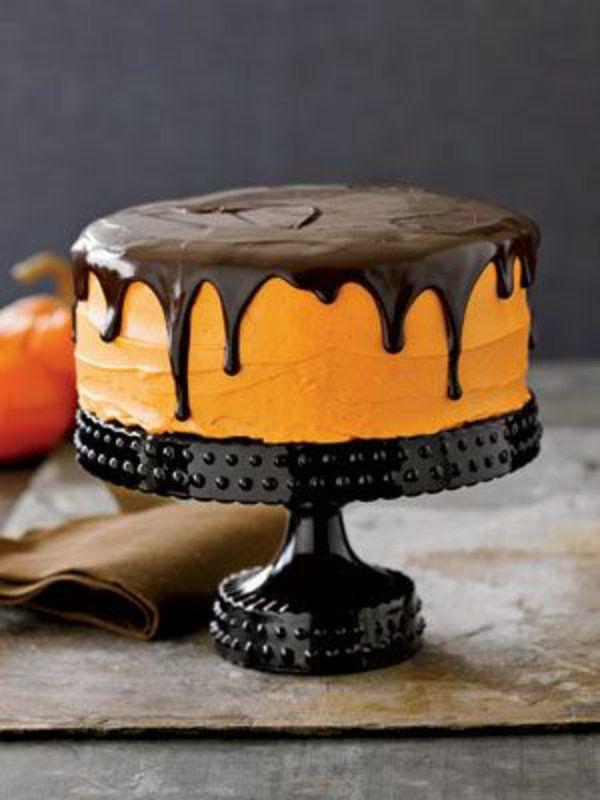 halloween essen gebäck torte kuchen kürbisse schokolade